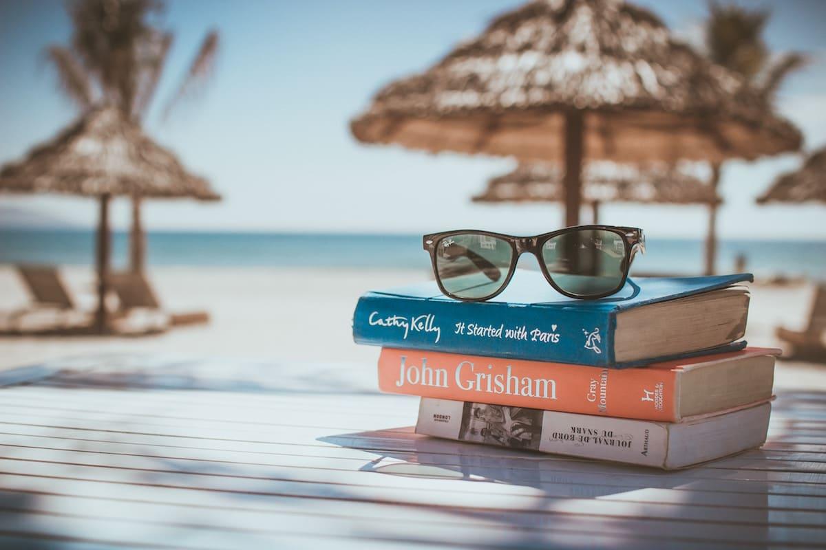 本とビーチ
