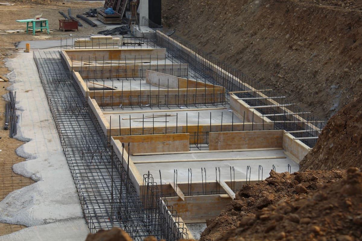 鉄筋コンクリート造の建設現場
